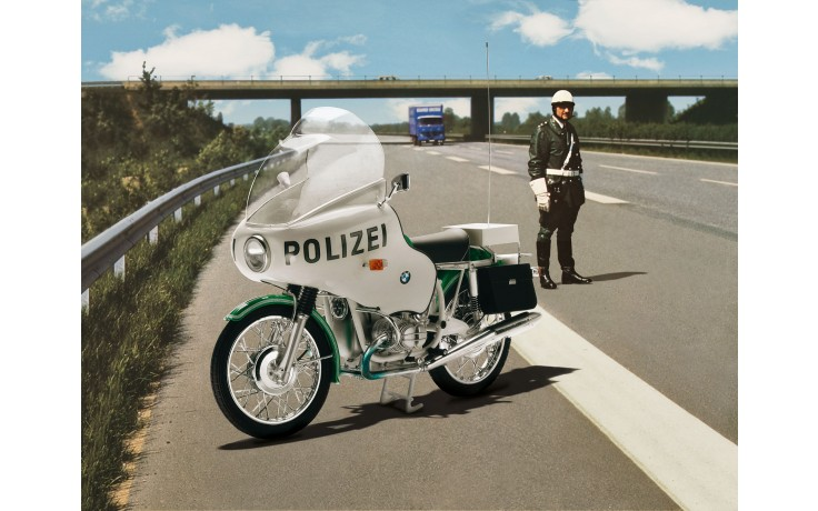 Plastic Kit REVELL BMW R75/5 Police  1/8 scale 07940