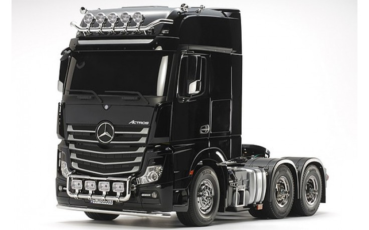 Tamiya Actros 3363 Gigaspace 6x4 Tractor unit kit only