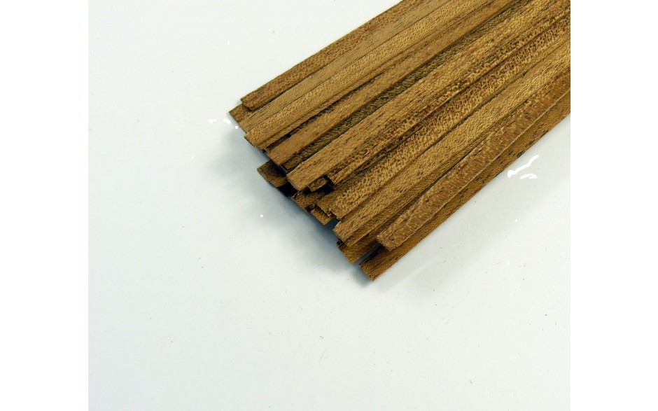 Mahogany strip 0.6mm x 12mm x 915mm
