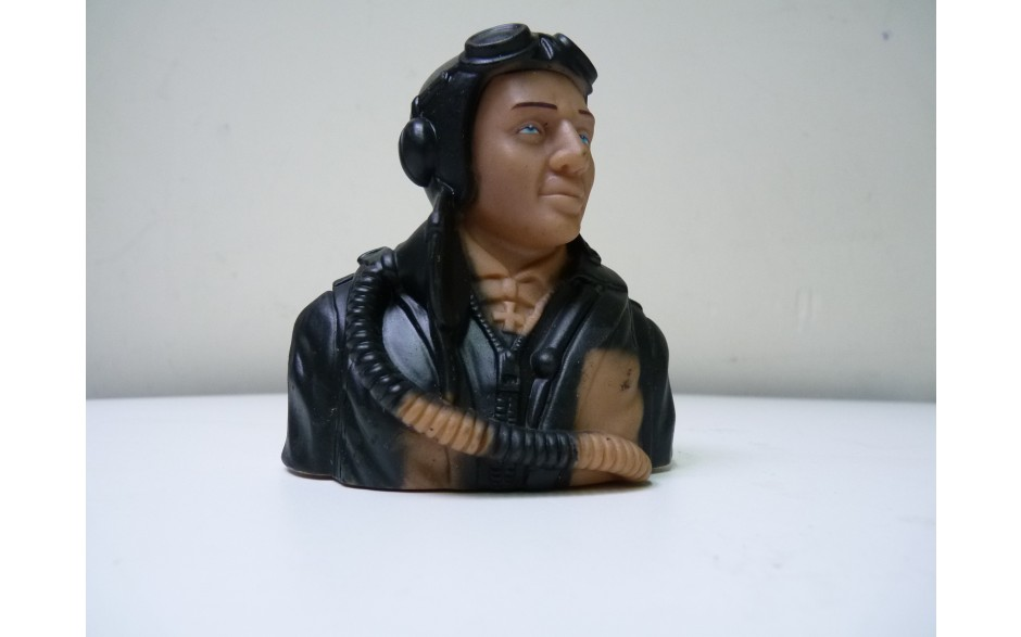 1/5 WWII German prime paint pilots Painted Eyes with base coat need finishing