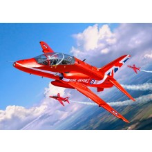Revell 1/72 BAe Hawk T.1 Red Arrow Gift Set