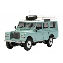 Revell Gift Set Land Rover Series III 1/24