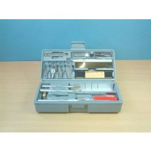 30pc Deluxe Craft Tool Set in case