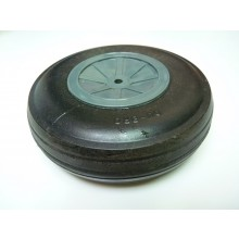 Pre-owned Dubro 5.5in Treaded Lightweight Wheel (1pcs)