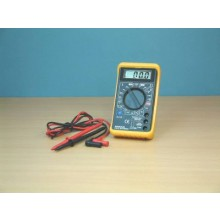 DIGITAL MULTIMETER WITH AUDIBLE CONTINUITY TEST