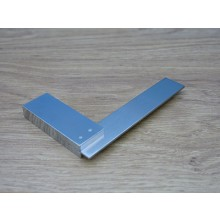 4  TRI SQUARE STAINLESS HQ