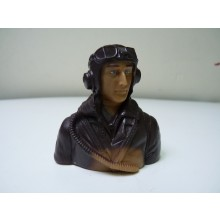 1/5WWII British prime paint pilots Painted Eyes with base coat need finishing