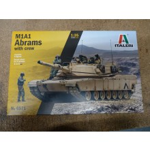 Plastic Kit Italeri M1A1 Abrams with Crew