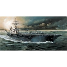 USS Kitty Hawk CV-63 1:800