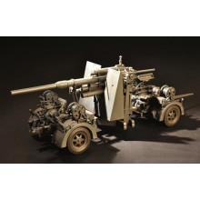 FlaK 36 88mm German Anti-Aircraft Gun (kit) 1:18
