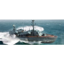 OSA II Russian Navy Missile Boat (kit) 1:72