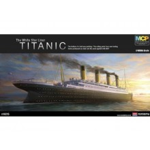 1/400 The White Star Liner Titanic PKAY14215